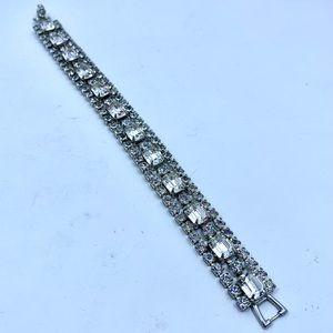 Vintage WEISS Clear Rhinestone Bracelet